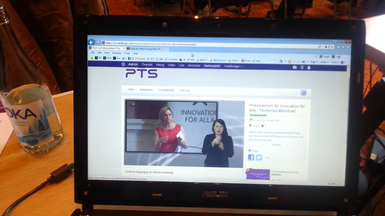 Stillbild från livesändningen av PTS Innovationsdag, Eva Hamilton och teckenspråkstolk